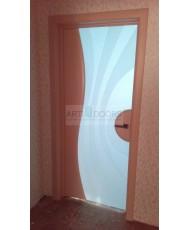 Фото установленной Дверь Арт Деко Вэла беленый дуб ДО стразы