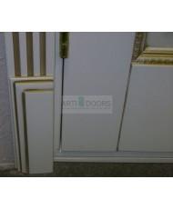 Фото установленной Двери Поло Молочный с золотом Остекленные