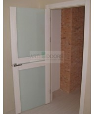Фото установленной Двери Профиль Дорс 75U Магнолия Сатинат Стекло Серебряный лак