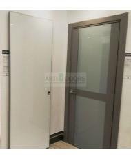 Фото установленной Двери Статус 122С Дуб капучино стекло Сатинато бронза