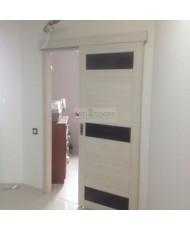 Фото установленной Двери Убертюре 2125 Велюр Серый